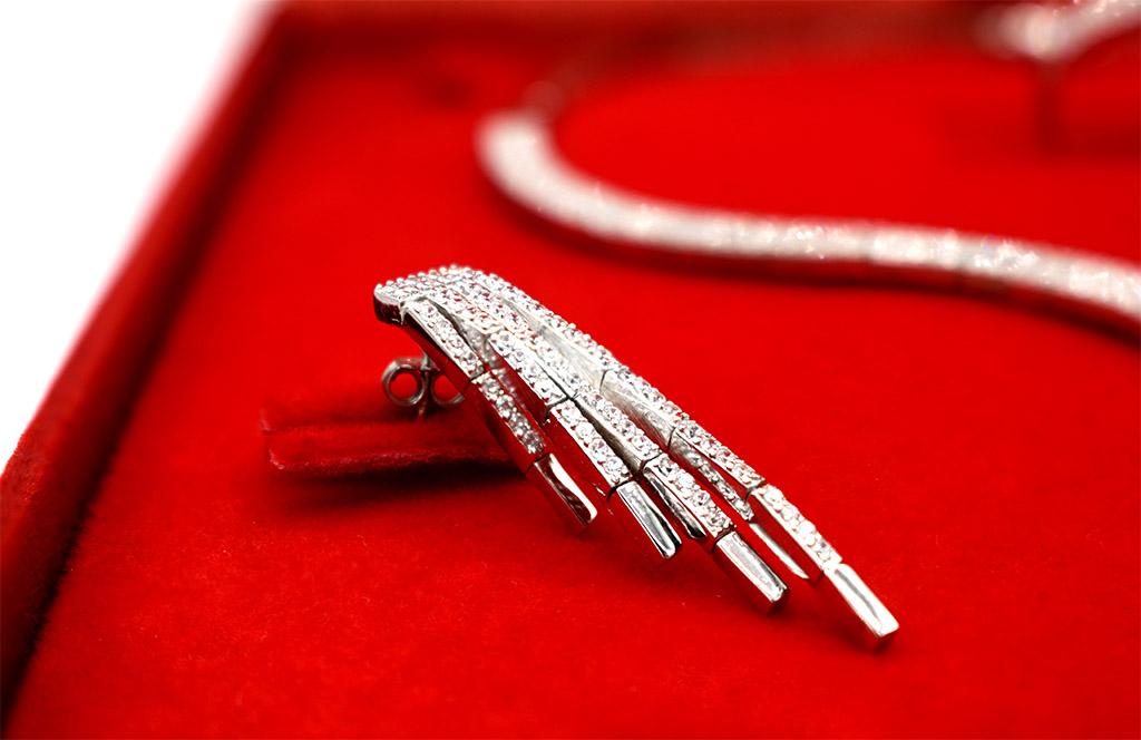 denius-bijuterii-din-argint-cercei-piatra-pretioasa-zirconiu.jpg