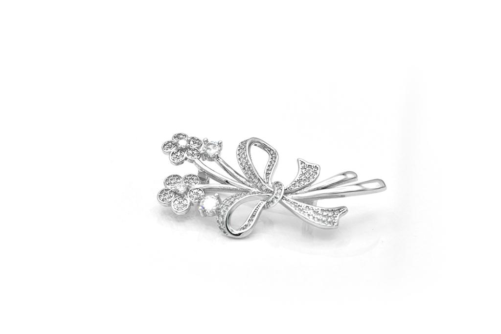 denius-bijuterii-din-argint-brosa-flori-pietre-pretioase.jpg